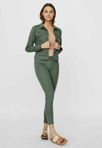 Vero Moda - HOTSOYA - Denim jacket - laurel wreath - 1