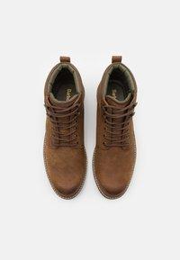 Barbour - WOLSINGHAM - Šněrovací kotníkové boty - teak - 3