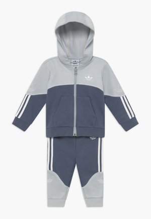 OUTLINE HOOD SET - Verryttelypuku - light grey