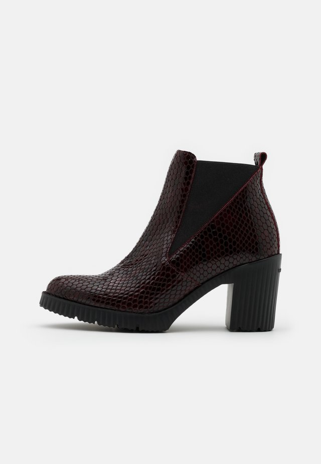 Ankle boots - vino