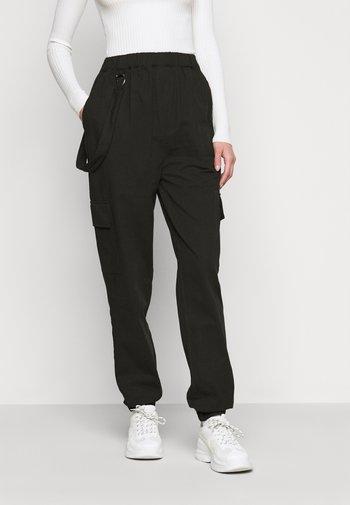 RING STRAP PANT - Pantaloni - black