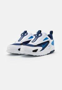 Nike Sportswear - AIR MAX BOLT UNISEX - Tenisky - blue void/signal blue/white/black - 1