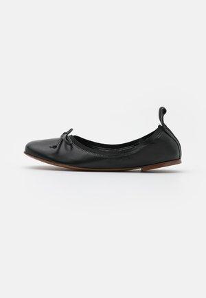 FLOATY - Ballerinat - schwarz