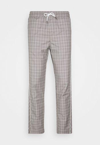 JJIACE JJJOHN JJPANT CHECK - Spodnie materiałowe - white