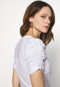 Liu Jo Jeans - MODA - T-shirts med print - bianco ottico - 3
