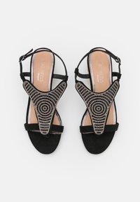 Head over Heels by Dune - NICKOLAS - Sandaletter med kilklack - black - 5
