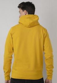 Petrol Industries - Felpa con cappuccio - antique yellow - 2