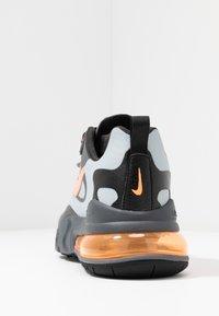 Nike Sportswear - AIR MAX 270 REACT WTR - Sneakersy niskie - wolf grey/total orange/black/dark grey - 4