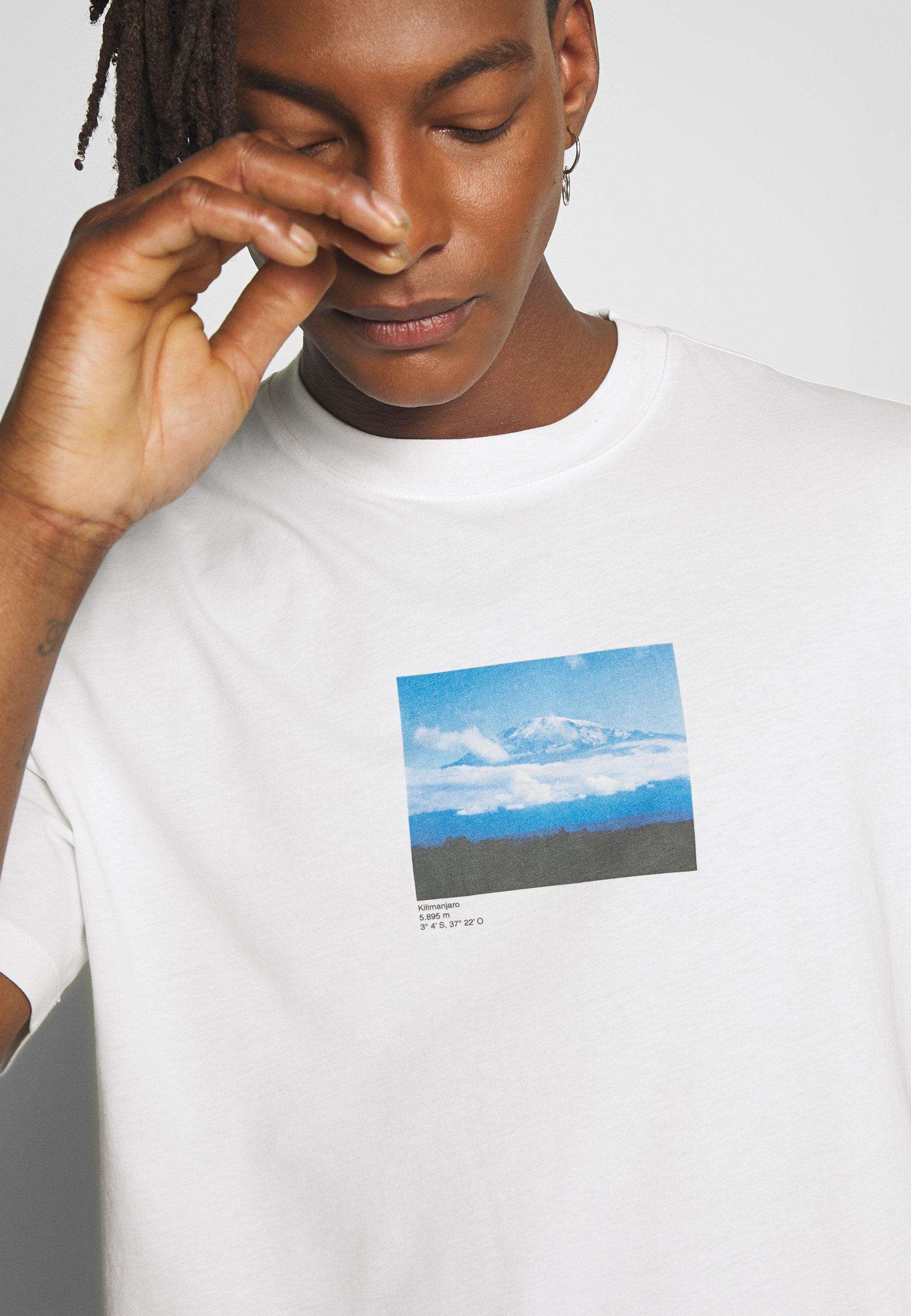 Niesamowita cena Gorąca wyprzedaż CLOSED T-shirt z nadrukiem - ivory | Odzież męska 2020 xjObV