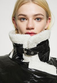 NA-KD - SHINY AVIATOR JACKET - Winter jacket - black/white - 4