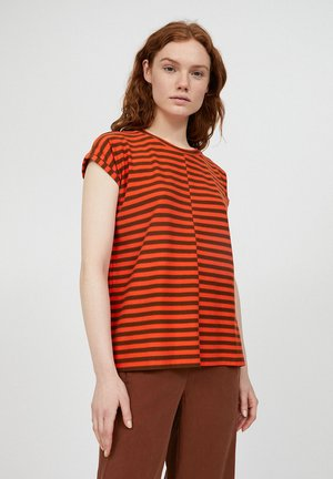 JAARIN  - Print T-shirt - glossy orange-cacao
