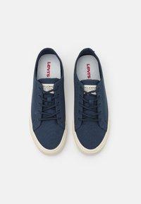 Levi's® - SUMMIT - Sneaker low - navy blue - 3