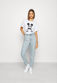 BDG Urban Outfitters - MOM - Relaxed fit jeans - bleach - 1