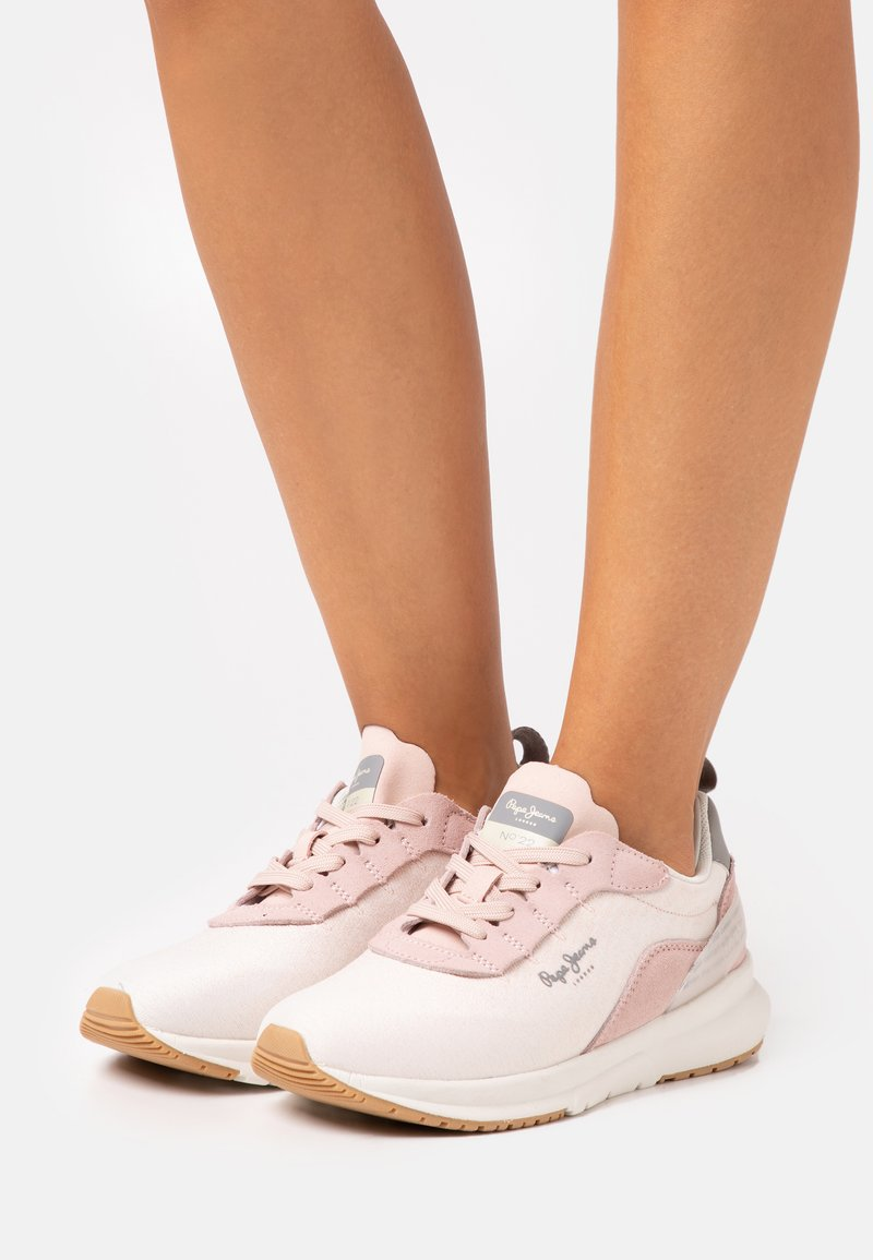 Pepe Jeans - Nº22 WOMAN - Trainers - light pink