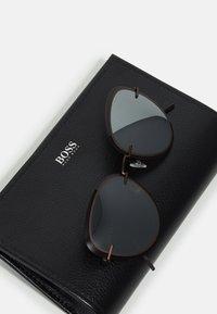 BOSS - Sunglasses - brown - 2
