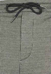 Denim Project - PANTS CROPPED - Trousers - black - 2