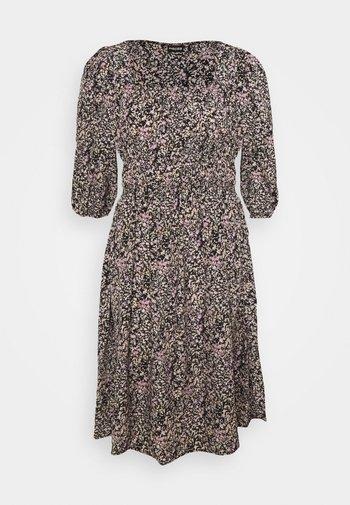 PCKIKI MIDI DRESS  - Sukienka letnia - black/purple