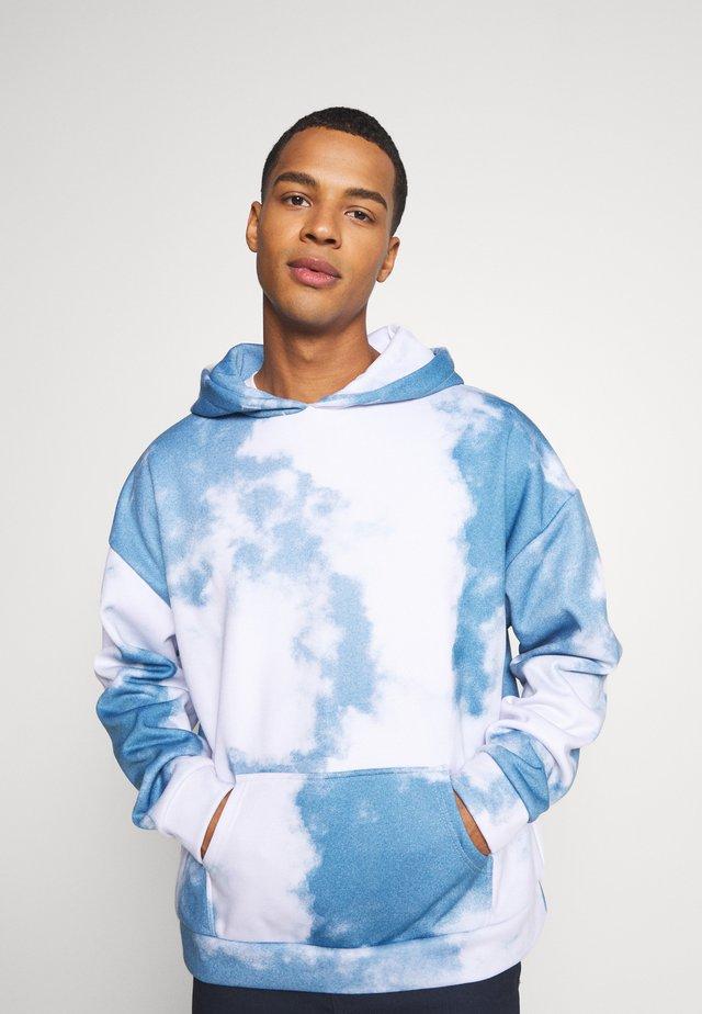 CLOUD HOODIE - Sweatshirt - blue/white