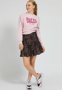 Guess - FRONTLOGO - Sweatshirt - rose - 1