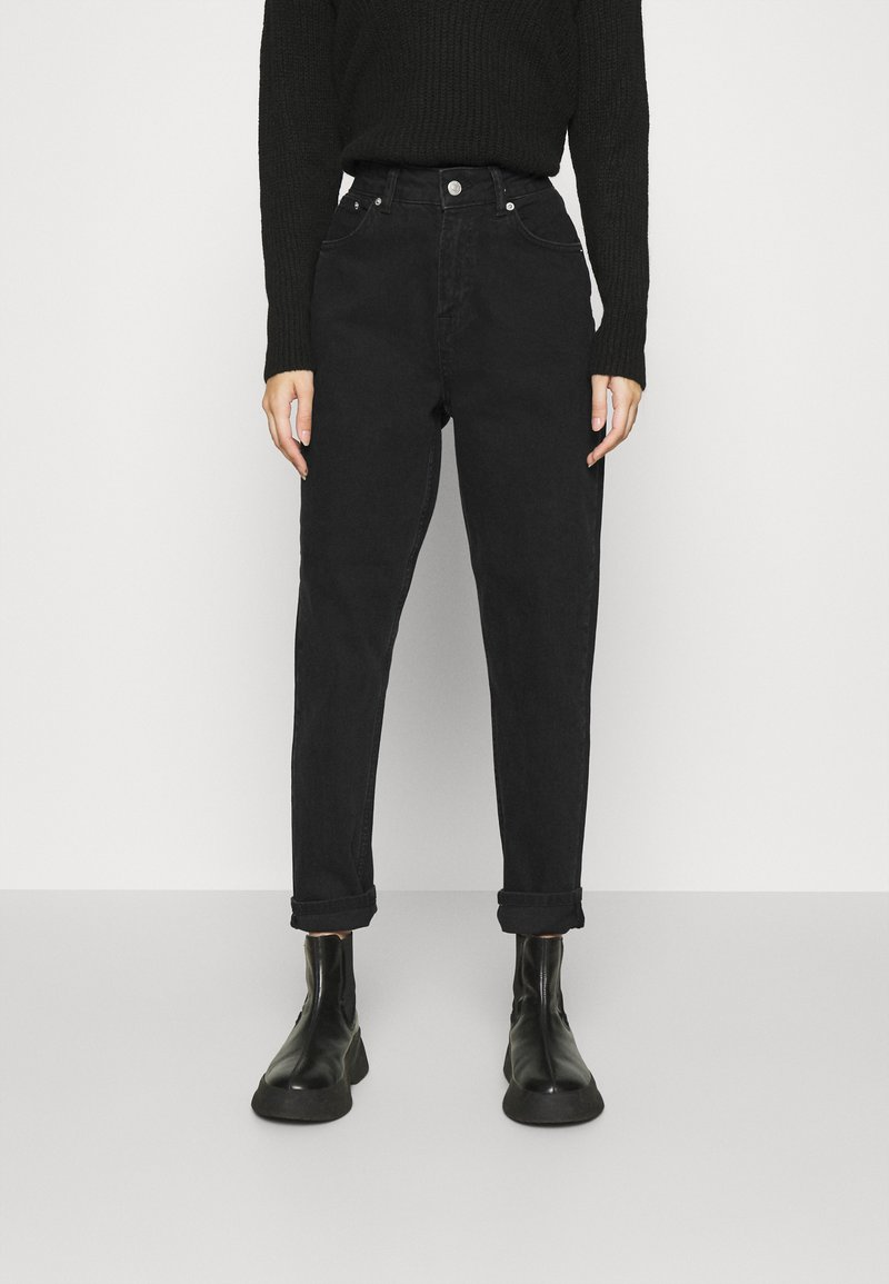 NA-KD - MOM - Jeans Tapered Fit - black