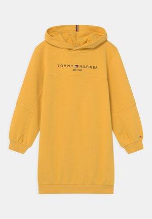 ESSENTIAL HOODIE - Vestito estivo - midway yellow