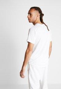 Nike Performance - DRY - Basic T-shirt - white/black - 2