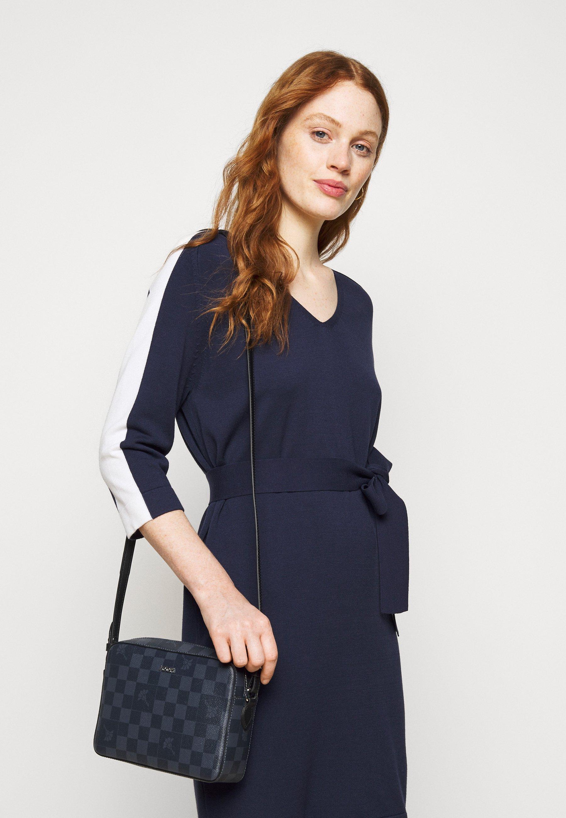 Women CORTINA PIAZZA CLOE SHOULDERBAG - Across body bag
