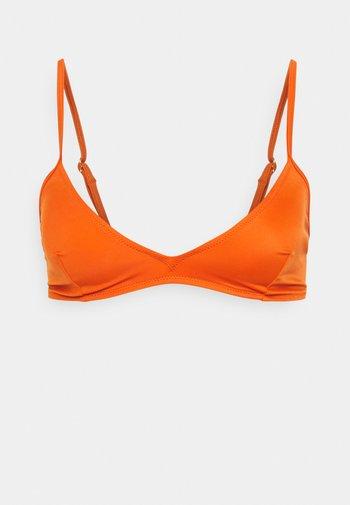 MALOU - Bikini top - golden ochre