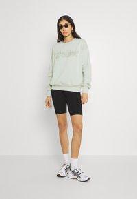 Gina Tricot - DAPHNE  - Sweatshirt - pale aqua - 1