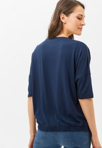 BRAX - STYLE CANDICE - Long sleeved top - blue - 2