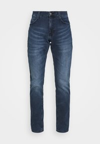 Mustang - OREGON  - Jeans Tapered Fit - denim blue - 3