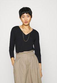 Esprit Collection - Maglietta a manica lunga - black - 0