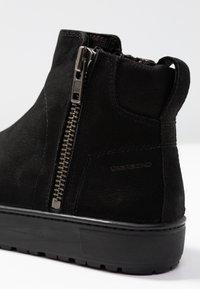 Vagabond - BREE - Vinterstøvler - black - 2