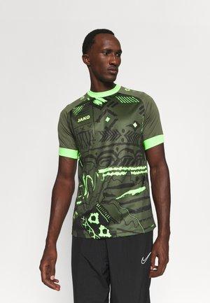 TRIKOT TROPICANA - T-shirt print - khaki/neongrün