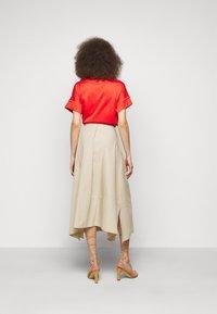 WEEKEND MaxMara - OBLARE - Veckad kjol - ton - 2