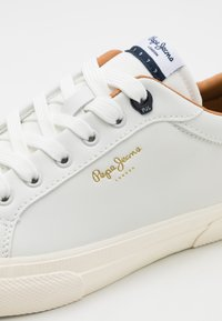 Pepe Jeans - KENTON CLASSIC MAN - Trainers - white - 5