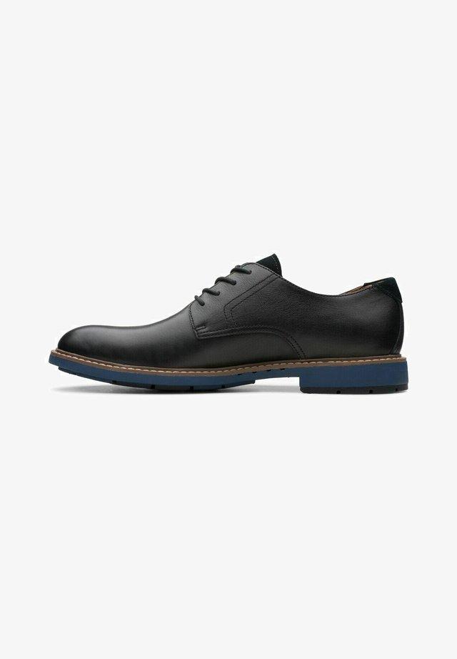 Derbies - black leather