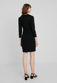 French Connection - RUTH LULA V NECK DRESS - Shift dress - black - 2