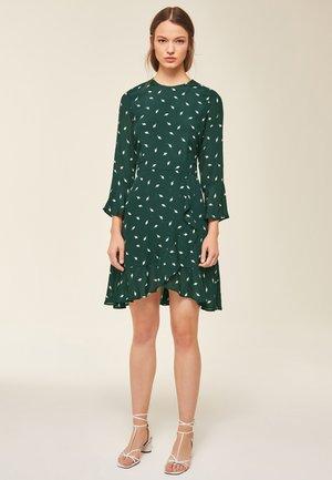 VOLANT - Day dress - green
