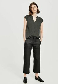 Opus - SANDI CHECKED - Blouse - taupe - 1