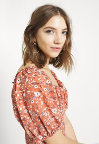 Missguided - MILKMAID SKATER DRESS FLORAL - Kjole - pink - 3