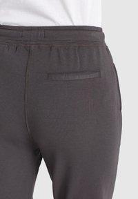 khujo - DEBORAH - Tracksuit bottoms - dark grey - 8