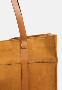 Zign - LEATHER - Tote bag - curry - 4