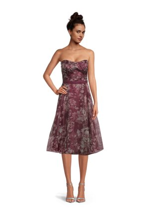 Cocktail dress / Party dress - red/rosè