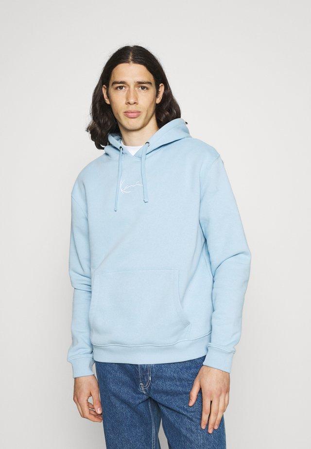 SMALL SIGNATURE HOODIE UNISEX - Sweatshirt - light blue