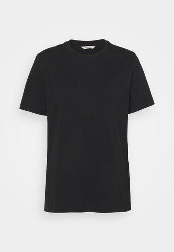 SUZANA CLASSIC TEE - T-shirts - black