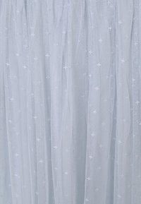 Needle & Thread - HONEYCOMB SMOCKED MIDI SKIRT EXCLUSIVE ELASTIC WAIST - Áčková sukně - bluemist - 2