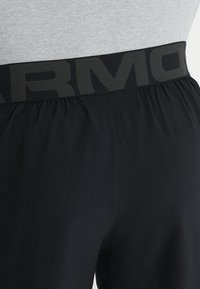 Under Armour - VANISH SHORTS - Sports shorts - black - 3