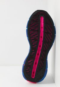 Reebok Classic - ZIG KINETICA HORIZON - Sneakersy niskie - white/vector blue/proud pink - 4