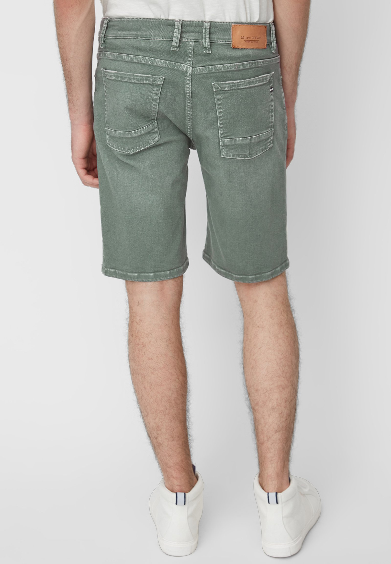 Marc O'Polo HAMAR - Denim shorts - balsam green